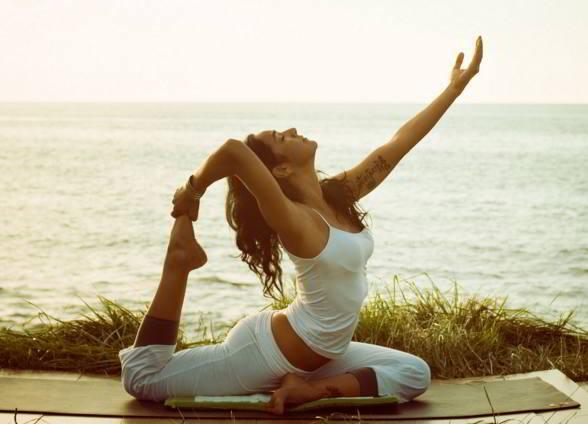 yoga para adelgazar los brazos