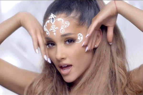 El secreto de Ariana Grande para un cuerpo 10
