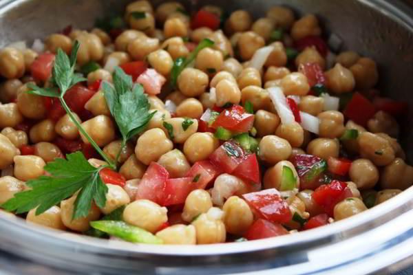 ensalada-de-legumbres-para-bajar-de-peso