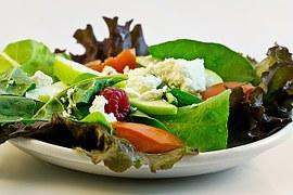 Para que las células estén jóvenes es bueno comer ensalada