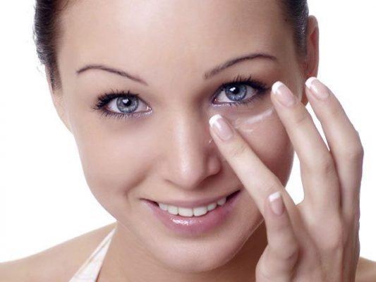 Cuidados y tratamientos naturales para los ojos