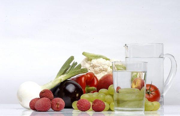 El agua como fuente de vida y su consumo correcto