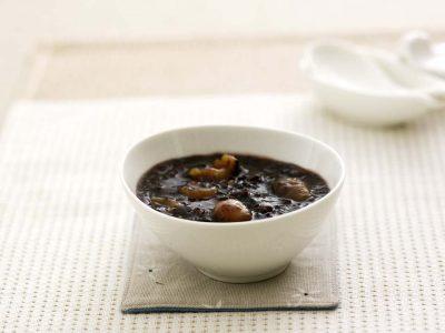 Salsa de soja es el nombre genérico que agrupa tres tipos de soja