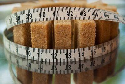 Poder de la alimentación y el consumo de alimentos adecuado