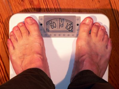 Es posible estar obeso ingiriendo poco alimento