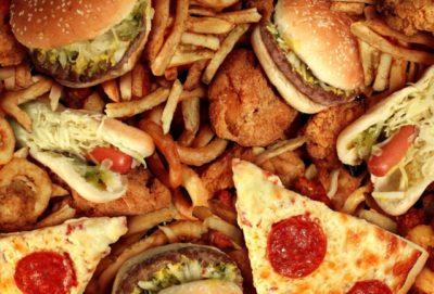 Alimentos a eliminar en las meriendas